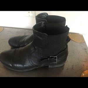 Nine West black genuine leather short boot